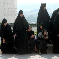 web Hrabar portf preview kirill pochayiv protest 0343a HBR
